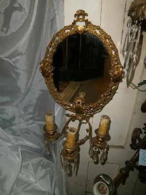 Par de apliques antiguos de bronce con espejo - estilo Luis