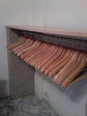 Perchas de madera 8 unidades