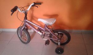 Vendo bicicleta niño con rueditas