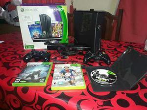 Xbox 360 Original Usada Con Kinect, 2 Joysticks Y Disco Duro