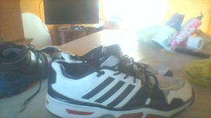 VENDO 2 PARES DE ZAPATILLAS NUMERO 46!!