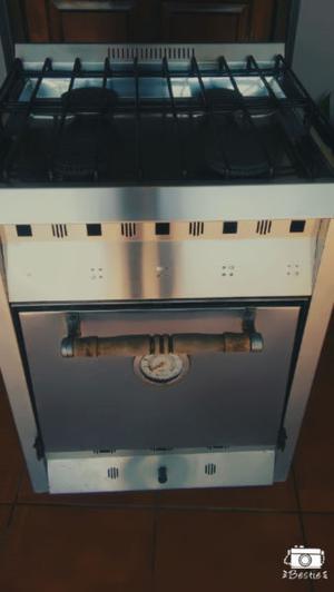 Vendo Cocina Semi Industrial Sol Real a reparar. Muy buen