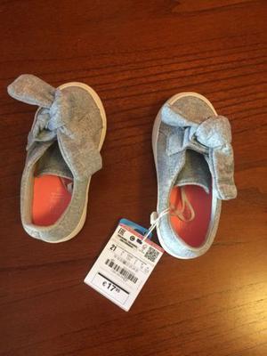 Vendo Zapatillas Zara Baby Nro. 21 sin uso! $360