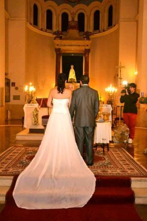 Vendo vestido de novia. Excelente estado