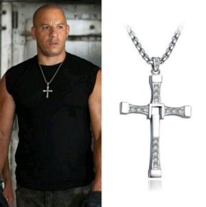 Cruz Y Cadena Dominic Toretto Rapido Y Furioso Acero Quirurg