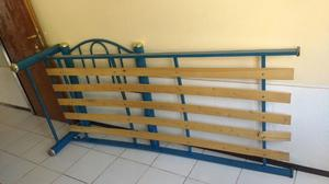 Vendo cama de una plaza metálica usada