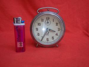 Antiguo Reloj Despertador,frances Funciona Y C/detalle,rdmn