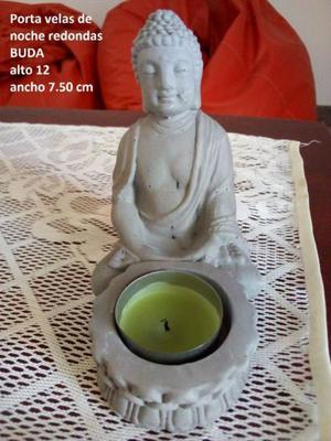 Porta Vela redonda de noche Buda Meditando
