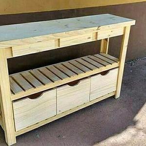 ASTILLA MUEBLES: Mesa quesera de pino con estantes y