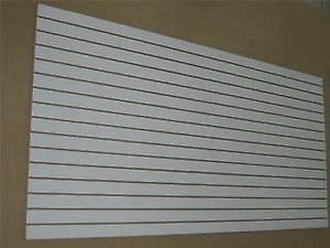 Panel ranurado nuevo 260 x 180