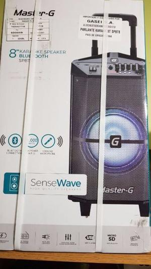 Parlante Portátil con Bluetooth Master-G Modelo SPBT8 Nuevo