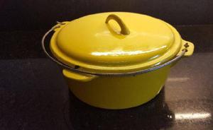 Vendo olla amarilla de hierro fundido 3 litros $950