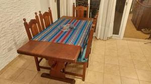 mesa de algarrobo y 6 sillas con almohadones en muy buen