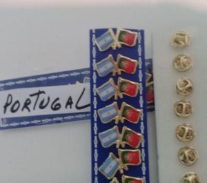 PINS BANDERA ARGENTINA CON PORTUGAL DE 2 CMS