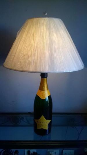 Lámpara decorativa con pantalla color natural --