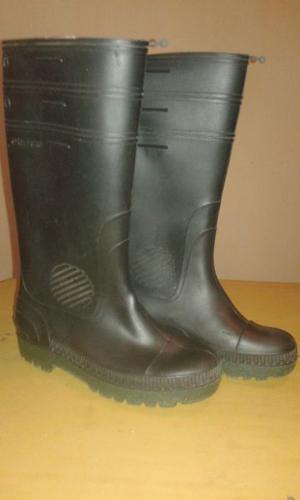 vendo botas de goma excelentes