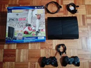 Vendo PlayStation 3, 250 GB. 2 controles y 18 juegos de