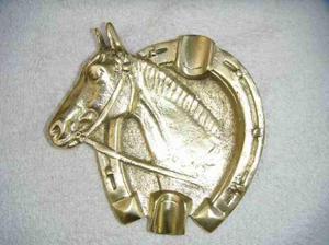 cenicero cabeza de caballo de bronce