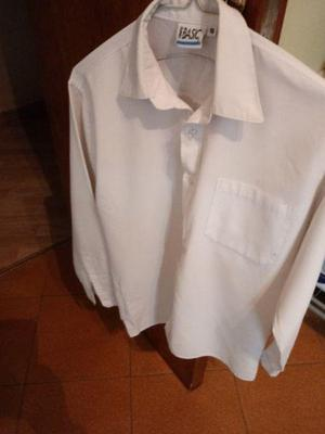 Camisa blanca unisex Talle 16 puede servir para uniforme