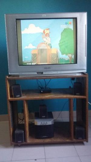 Televisor 29 Pulgadas pantalla plana+ Home Theater + Mesa