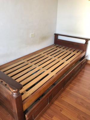 Cama de 1 plaza con colchón y carrito (PRECIO NEGOCIABLE)