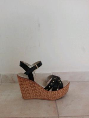 Sandalias tacho chino color negro número 36 sin uso
