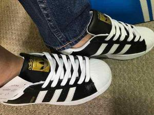 adidas Superstar Cuero Negro !!
