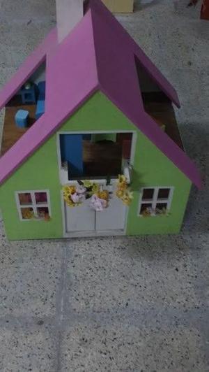 Casita de muñecas madera amoblada