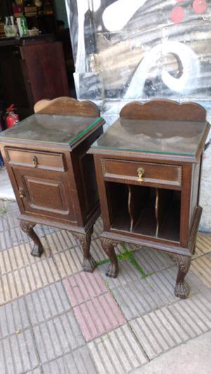 Oportunidad antiguas mesas de luz estilo chipendal