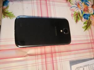 Vendo celular Samsung Galaxy S4 libre.