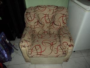 juego de sillones uno de 2 cuerpos y dos de 1 cuerpo.