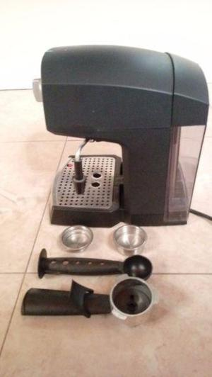 Cafetera Express Chef Crema Electrolux