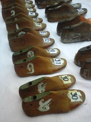 Tarea de hormas para zapato.