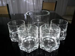 Cristal! Hielera y 4 vasos de wisky