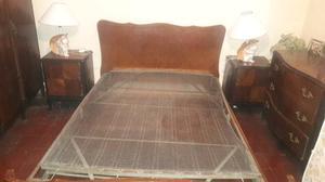 Juego de dormitorio antiguo, tipo Frances