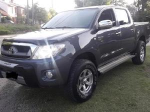 Toyota hilux 4x4 ful nueva $445