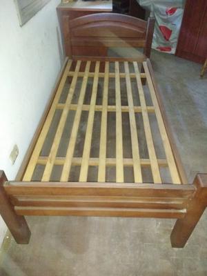 cama y mesita de luz de algarrobo