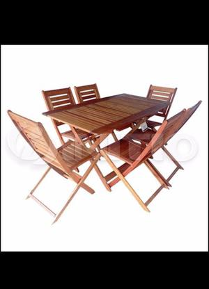 Mesa y sillas