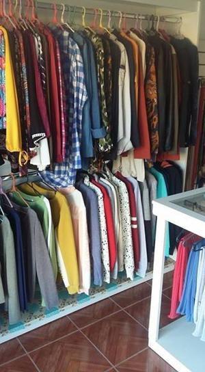 Vendo o permuto negocio de ropa de mujer