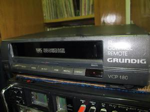 VIDEO REPRODUCTOR VHS GRUNDIG VCP 180