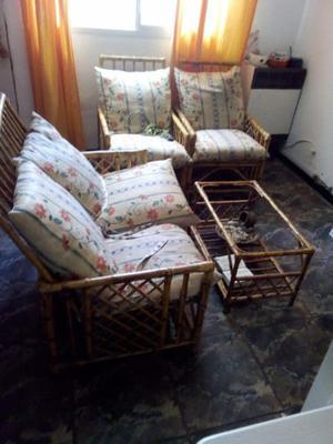 Vendo juego de sillones de caña