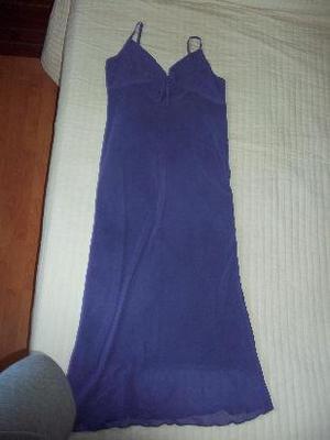 vestido de fiesta de gasa lila