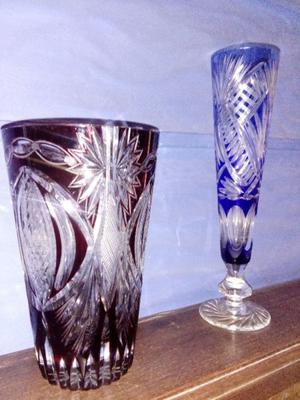 Floreros antiguos de cristal tallado