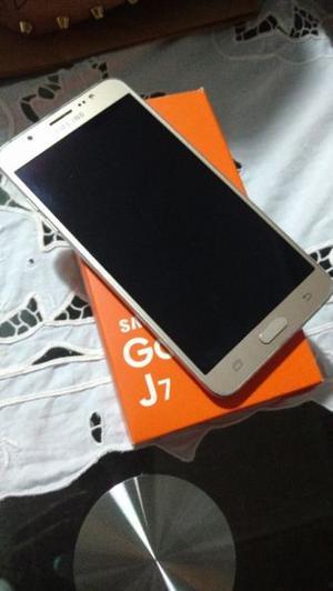Samsung galaxy J7 16 impecable 3 meses de uso en caja. Para