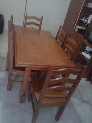 Vendo juego de comedor: Mesa 6 sillas de pino 1,45 m x 0,85