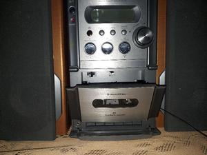 Equipo De Musica Con Cd, Radio Am Y Fm Y Casetera