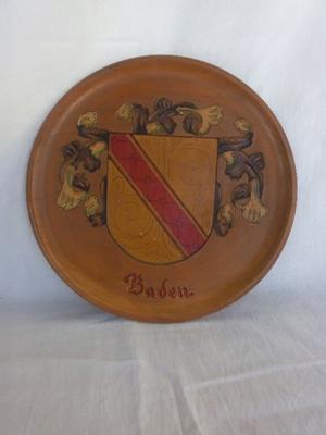 Plato de madera con escudo de Baden Alemania
