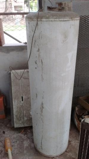 Termotanque y extractor de aire