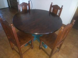 Mesas más 4 sillas