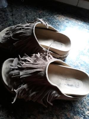 Sandalias con fleco